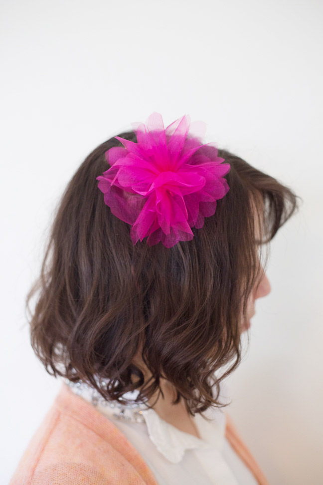 pink-organza-flower-in-hair
