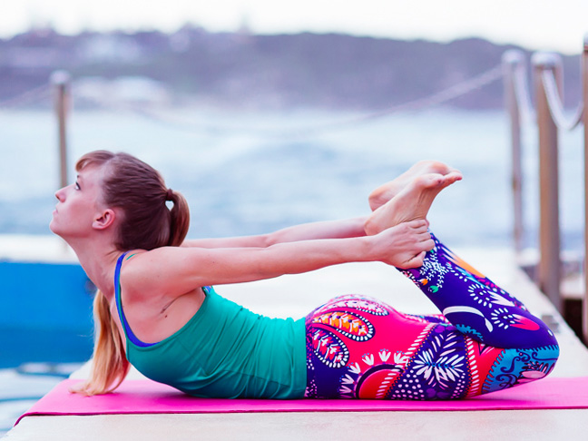 mumtastic x hipster mum | 3 yoga moves for mums and daughters
