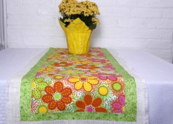 Spring into Summer: DIY No Sew Table Runner