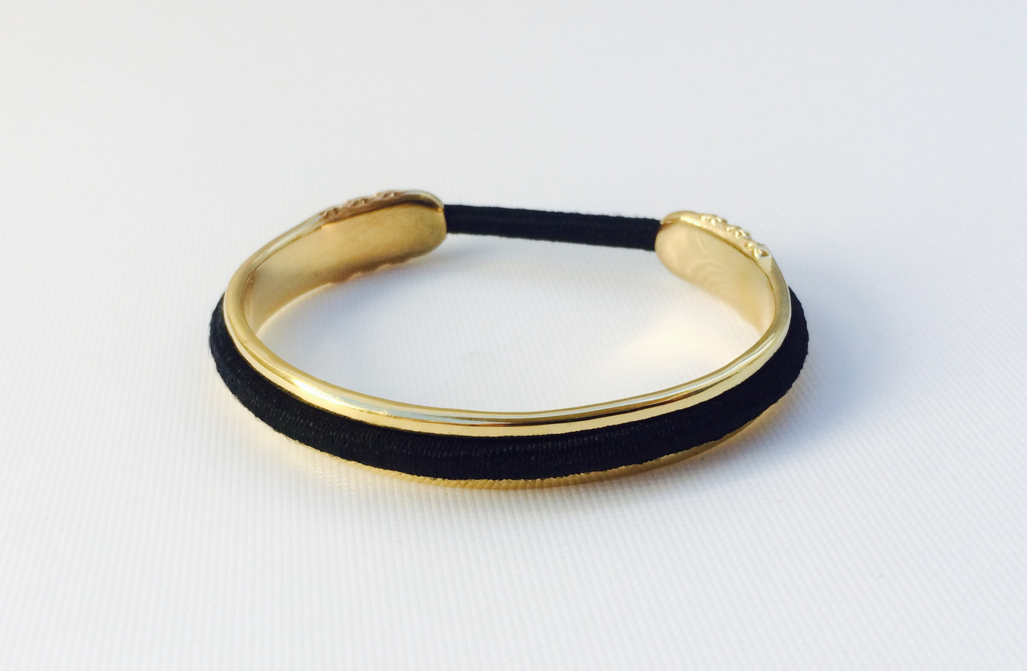 design_2_gold_with_elastic