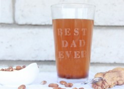 """Best Dad Ever"" Etched Glass Tutorial"