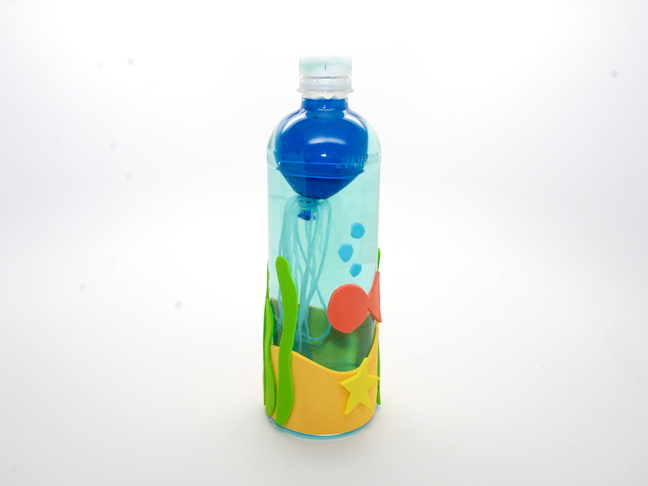 jellyfish in water bottle craft2