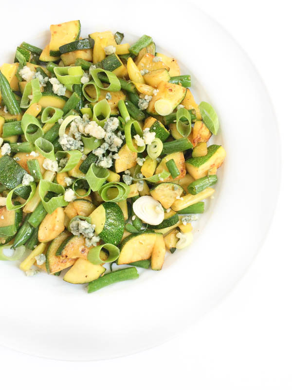 Green-Bean-Zucchini-Saute-The-Lemon-Bowl