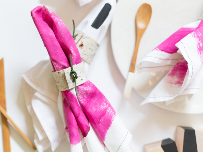 birch-bark-napkin-ring-pink-napkins