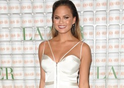 Chrissy Teigen Battles Bump Shamers on Twitter