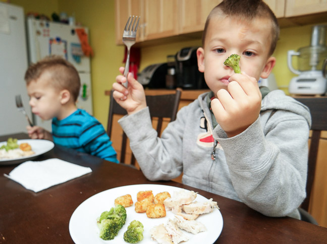 Broccoli and tot are friends - how to get kids really excited about eating healthy by telling them