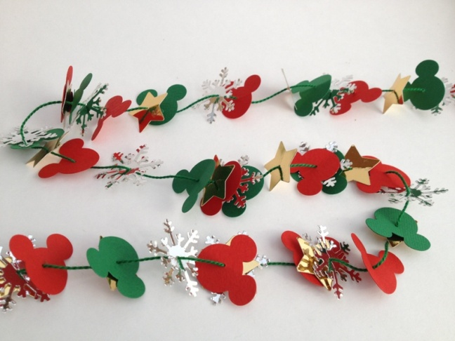 Mickey-tree-garland