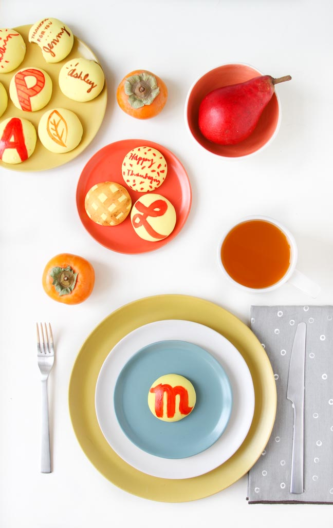 Unique (Monogrammed Cookie) Place Cards Idea For Thanksgiving