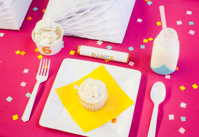 Kids birthday party place setting | Shauna Younge for Momtastic (image: Sydnee Bickett)
