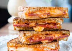 The Ultimate Pepperoni Pizza Grilled Cheese Sandwich Recipe