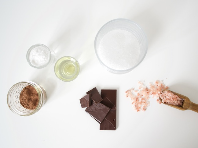 DIY chocolate bath salts - an easter gift tutorial