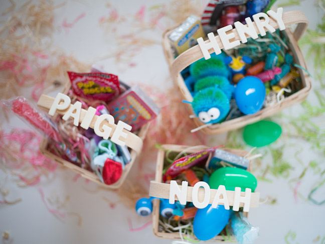easter-basktes-gifts-eggs