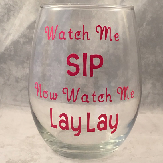 Hysterically accurate wine glasses we all need in our for Cute quotes for wine glasses