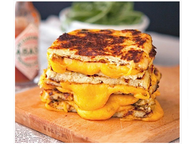 cauliflower rice grilled cheese