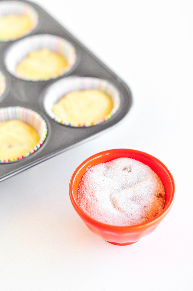 cinnamon sugar red bowl cupcakes