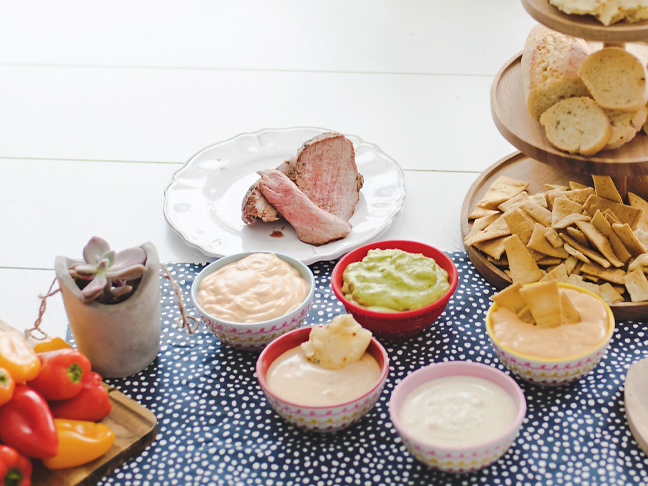 dips with meat chips bread
