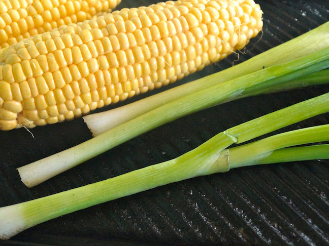 grill-green-scalions-corn-yellow