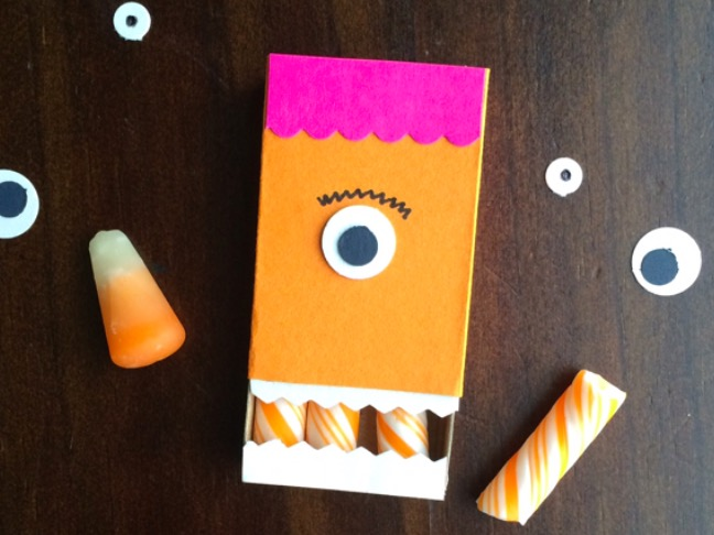 31-DIYs-for-kids-matchbook-monster-mouth-favors