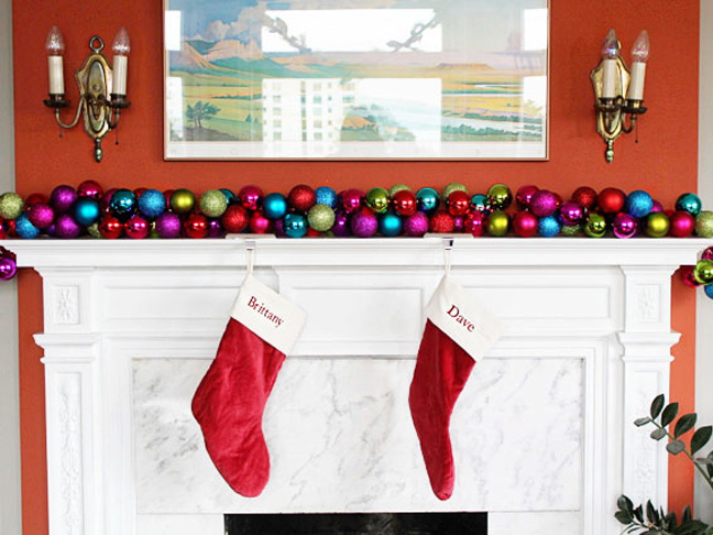 ornament-mantle-ribbon
