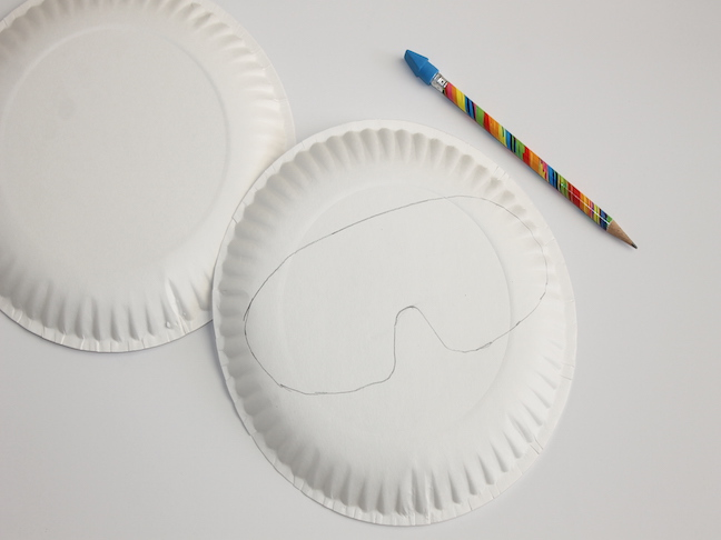 paper plate mask outline pencil