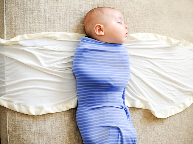 ollie-world-swaddle