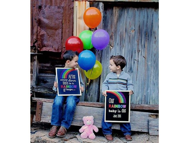 15 Beautiful Ways To Announce Your Rainbow Baby
