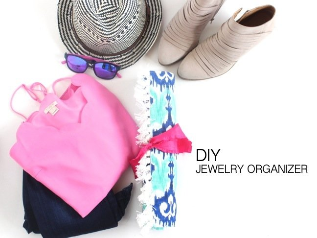diy-travel-jewelry-case-rolled-up-with-clothes-and-booties