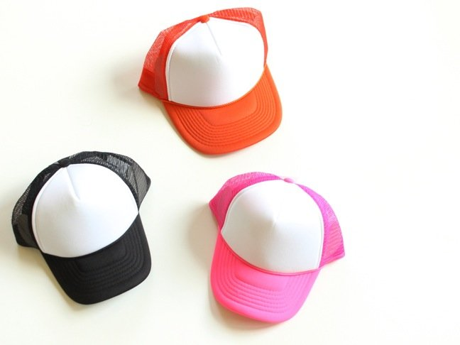 DIY-trucker-hats-orange-pink-black-and-white