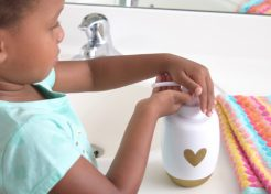 Healthy Habits Your Toddler Should Do Every Day