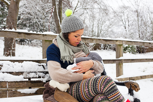 How Long To Breastfeed: Should You Nurse For A Full Year?