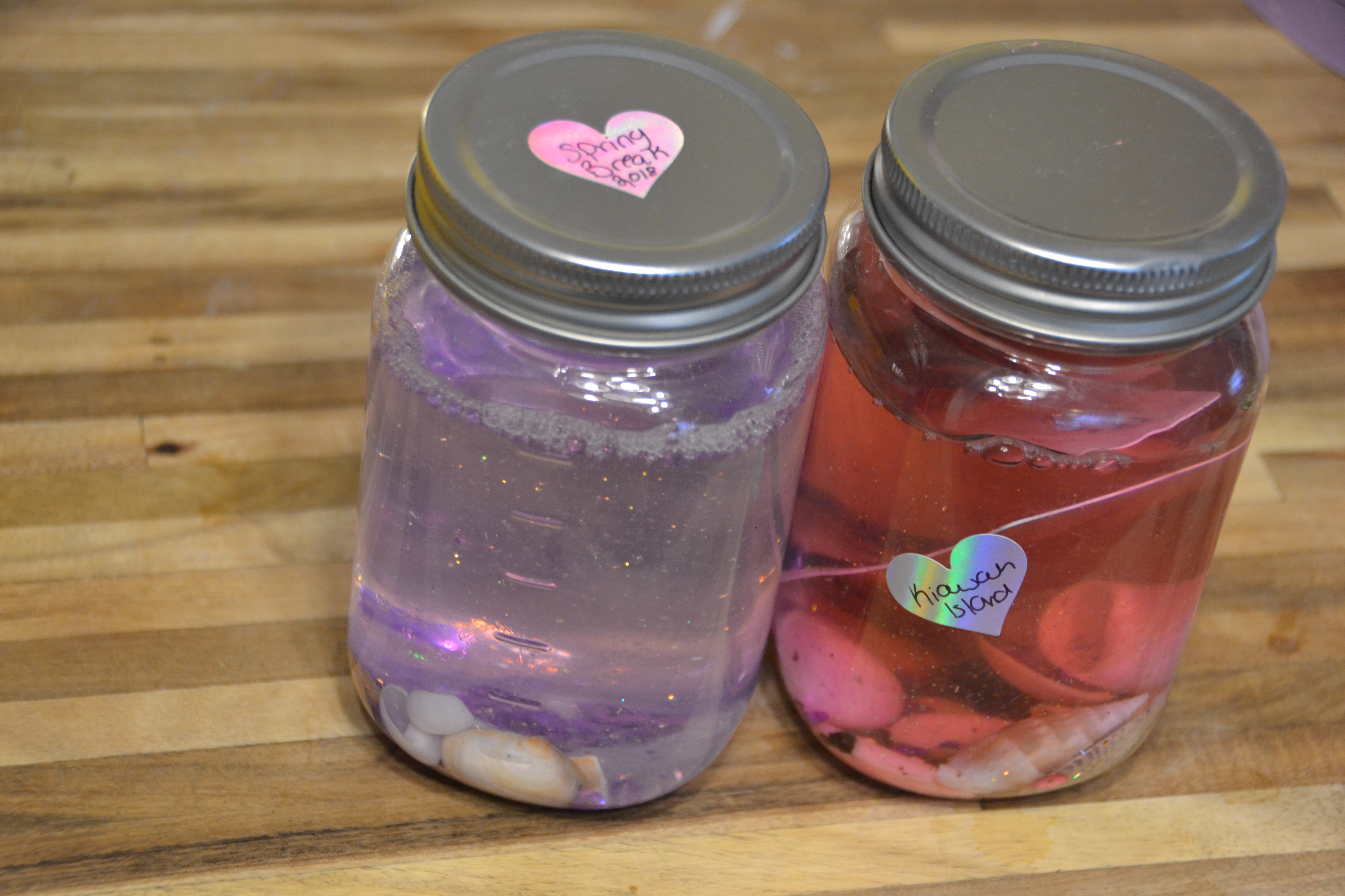Glitter Memory Jars: A DIY Vacation Keepsake you can Make with your Kids