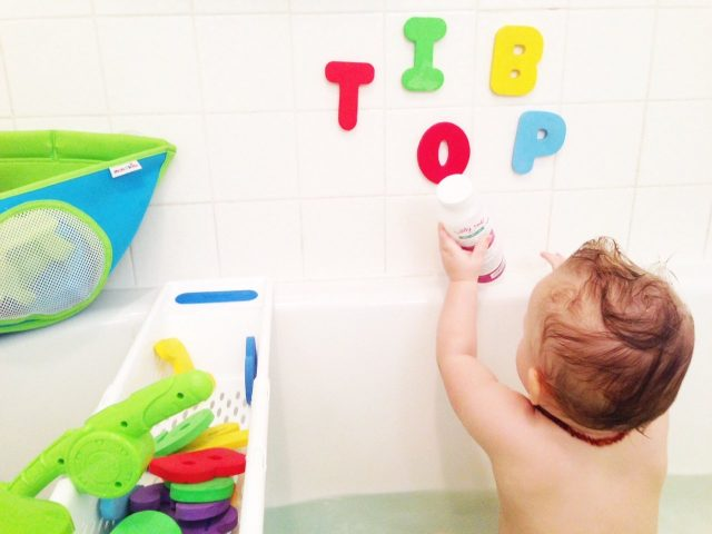 How to Clean Bath Toys