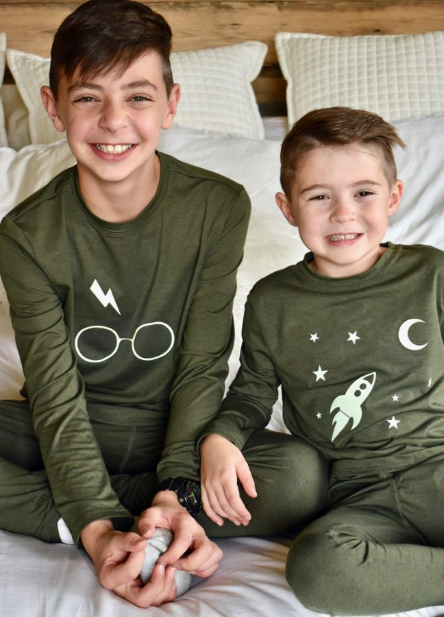 Light Up The Night In DIY Glow In The Dark Pajamas
