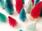 diy-dip-dyed-bottle-brush-trees.ohlovelyday.3