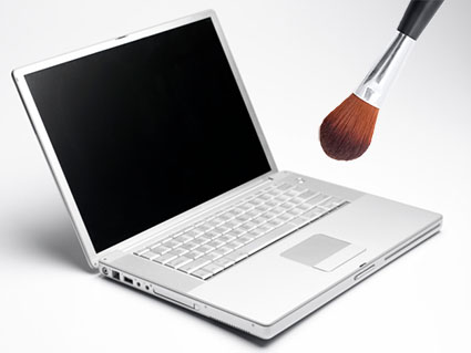 Clean Your Computer With a Makeup Brush