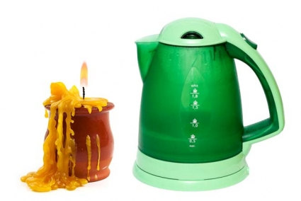 Get the Wax Out of Candle Jars With Boiling Water