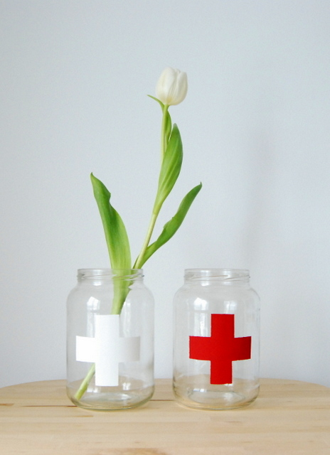 Home Decor: Make a Cross Vase