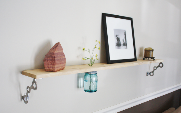 Home Storage: Make a Vase Shelf