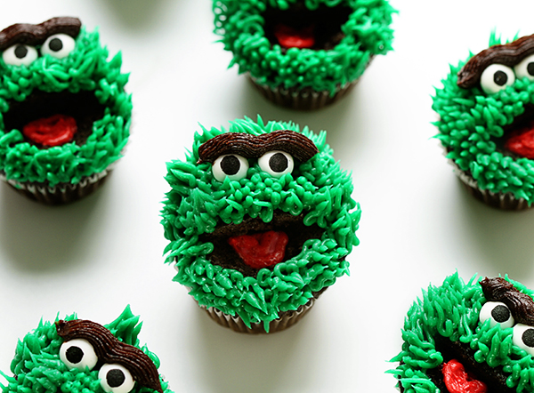 also Happy Birthday Oscar Grouch in addition XbNFrfZADA8 together with Saying Goodbye To Oscar De La Renta 990 furthermore Meme Monday 13. on oscar grouch favorite saying