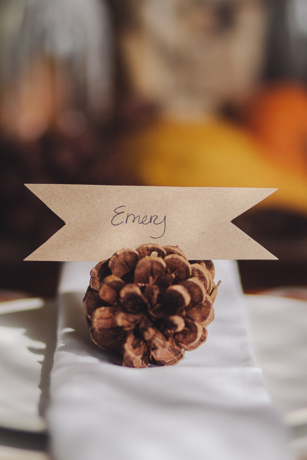 Simple Pine Cone Place Card