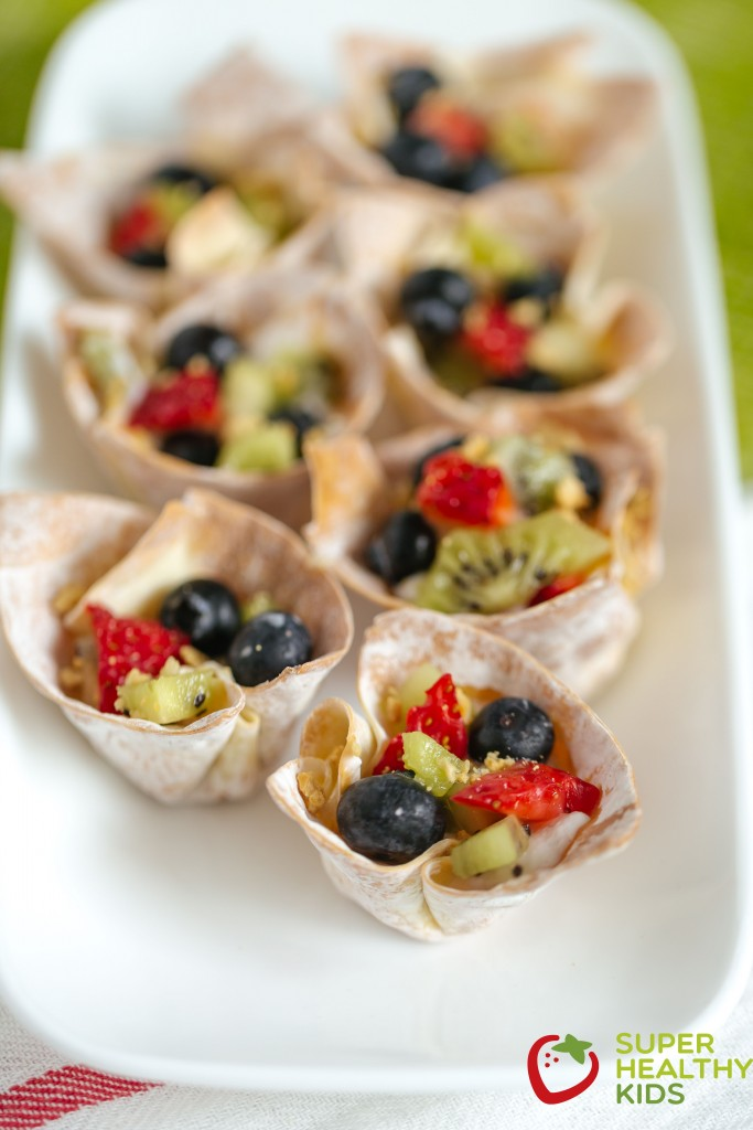 Crunchy Fruit 'N' Yogurt Parfait Bites