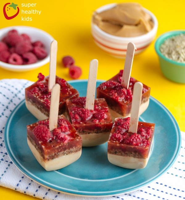 Frozen Peanut Butter and Jelly Pops