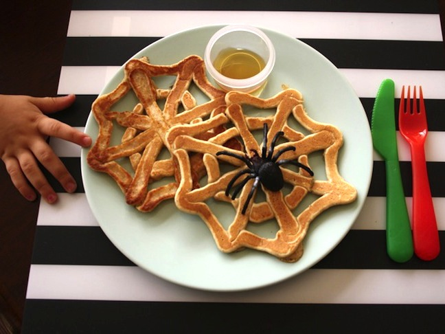Whole Wheat Flax Spiderweb Pancakes